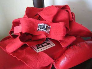 use boxing hand wraps for shortening the break in period