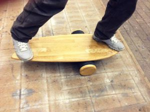 Balance Board training (wobble board training)