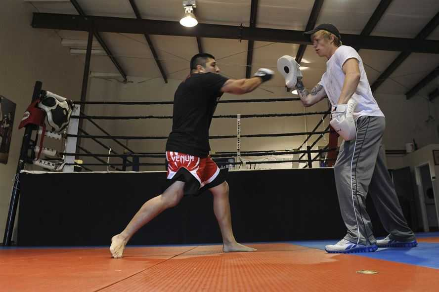 focus mitt training is good for improving conditioning for mma