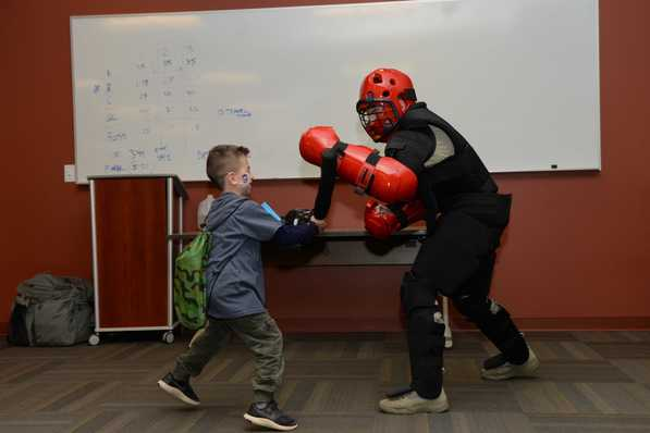 how to find a proper boxing gym for kids